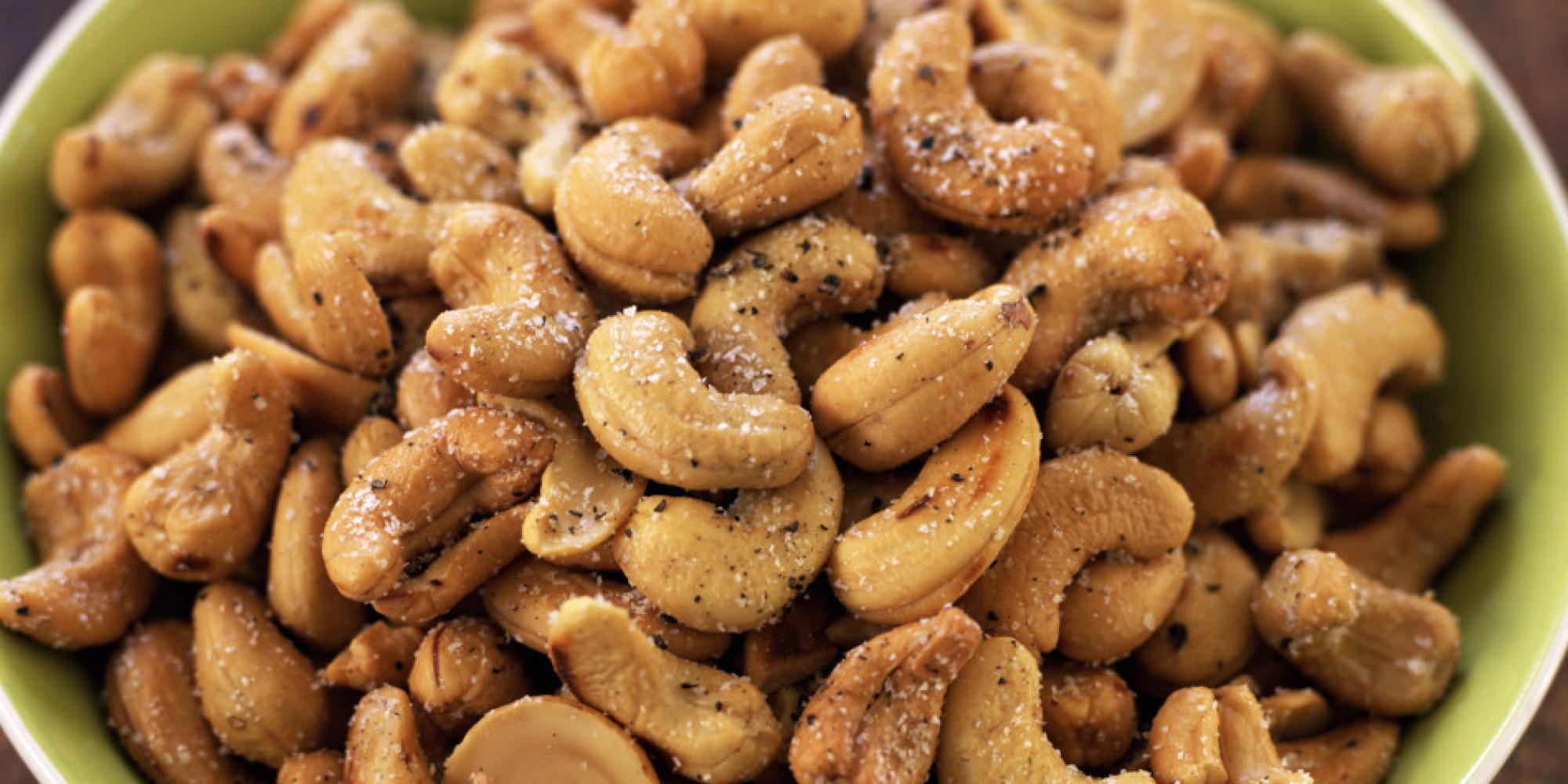 Pretzels Healthy Snack  Healthy Snacks You Should Keep At Your Desk