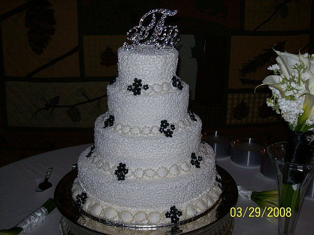 Price On Wedding Cakes  WALMART WEDDING CAKE PRICES – Unbeatable Prices for the