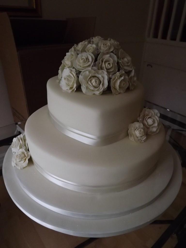 Price On Wedding Cakes  Wedding cake 3 tier price idea in 2017