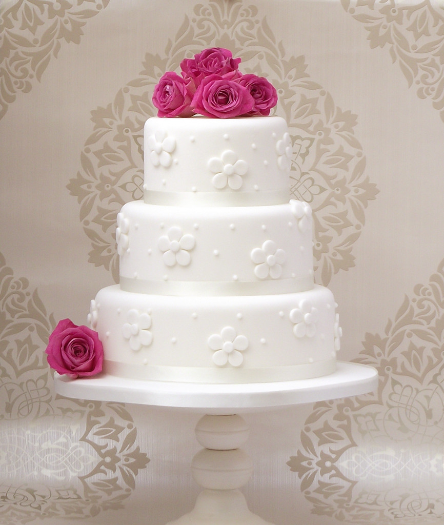 Price On Wedding Cakes  Wedding cake price range idea in 2017