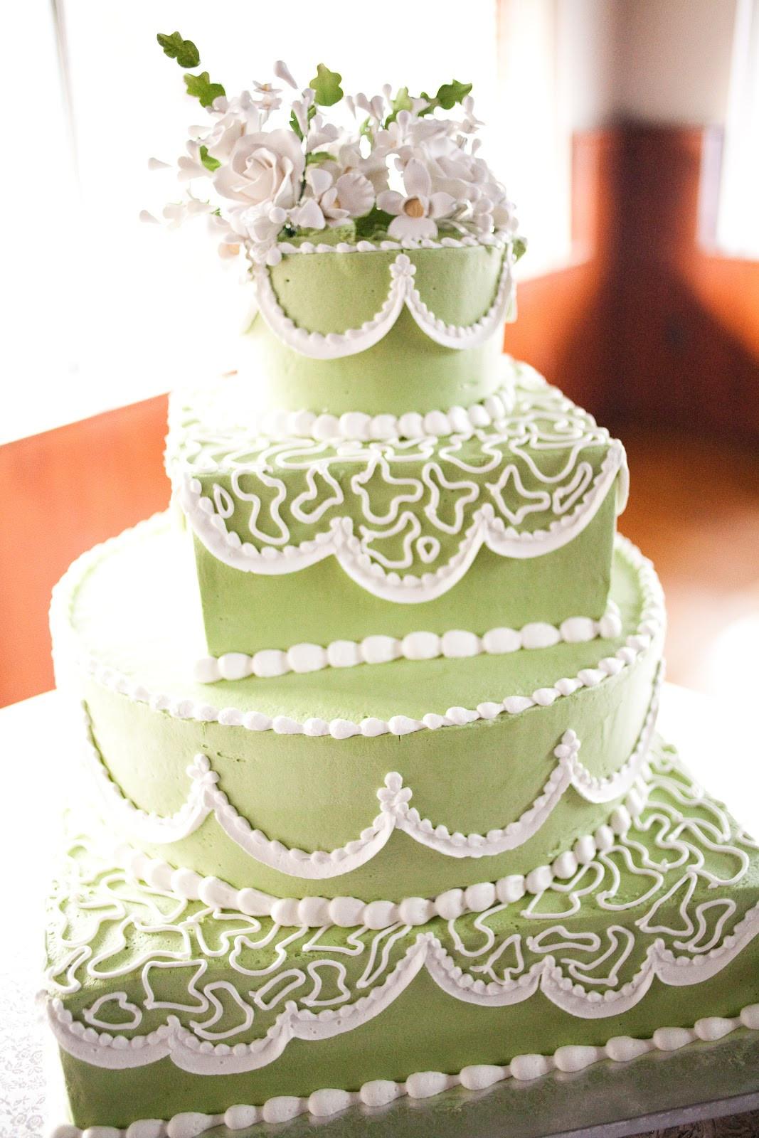 Prices Wedding Cakes  Cupcake wedding cake prices idea in 2017