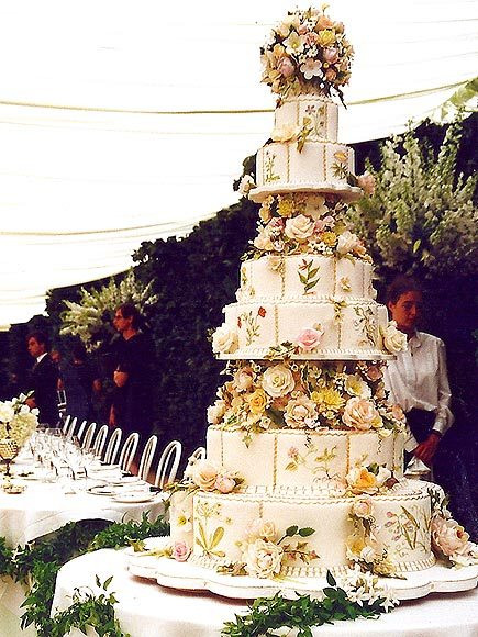 Princess Diana Wedding Cakes  Royal Wedding Cakes Through the Ages Princess Eugenie