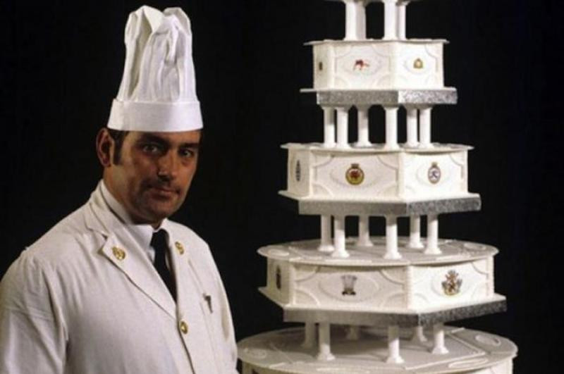 Princess Diana Wedding Cakes  13 Most Extravagant & Beautiful Celebrity Wedding Cakes