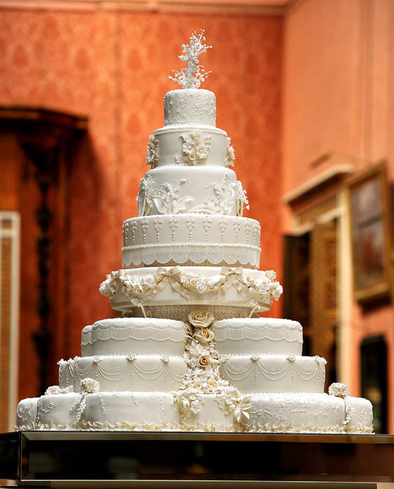 Princess Diana Wedding Cakes  Prince Charles and Princess Diana s wedding cake slice