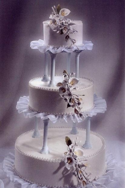 Princess Wedding Cakes  princess wedding cake photo