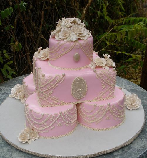 Princess Wedding Cakes  Stacked Wedding cakes 2