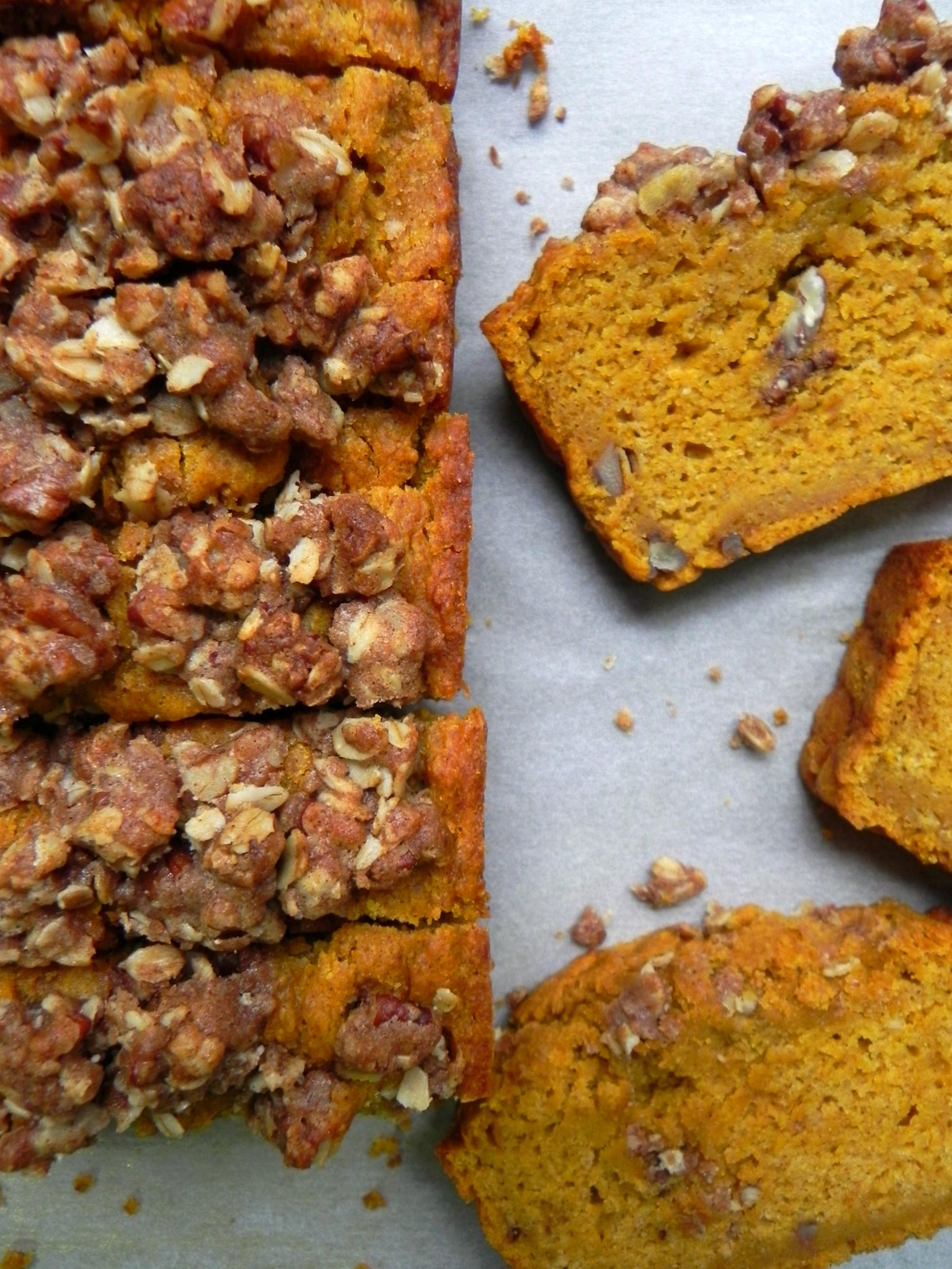 Pumpkin Bread Healthy  Healthy Pumpkin Bread with Maple Pecan Crumble Vegan