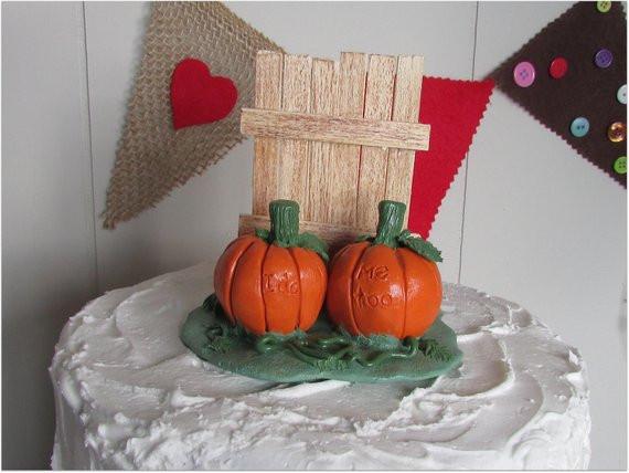 Pumpkin Wedding Cake Toppers  Pumpkins & Rustic Fence Wedding Cake Topper Pumpkin Cake