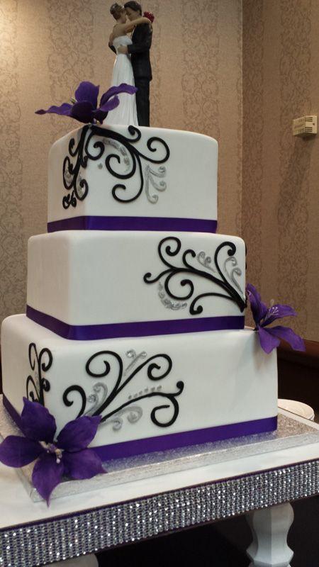 Purple And Grey Wedding Cakes  Best 25 Purple wedding cakes ideas on Pinterest