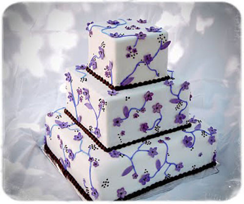Purple And White Wedding Cake  Purple Wedding Cakes Best of Cake