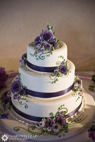 Purple Wedding Cakes Ideas  Zahra s blog Three tier green and whit scroll wedding