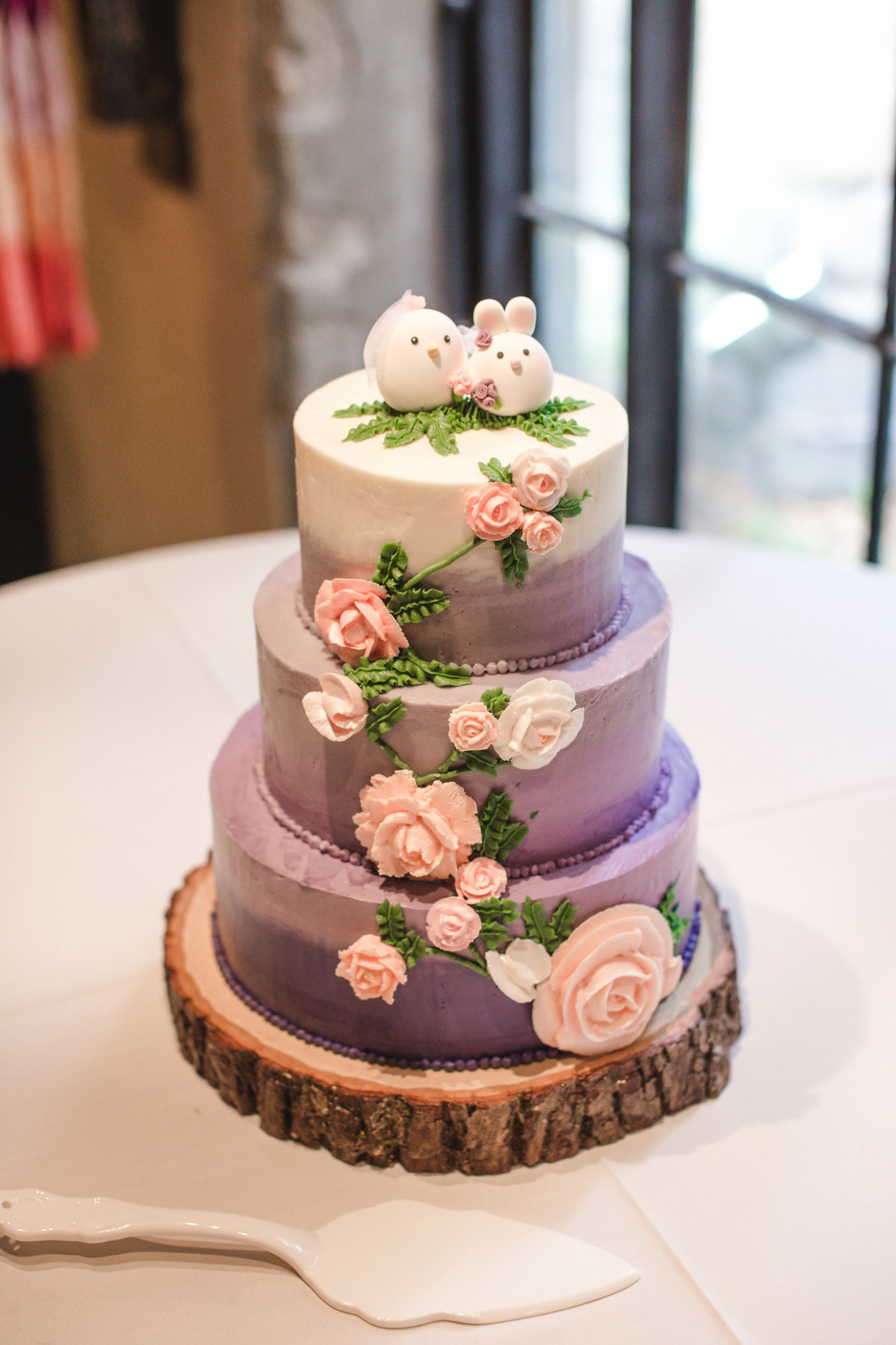 Purple Wedding Cakes Pictures  Three Tier White and Purple Ombre Wedding Cake