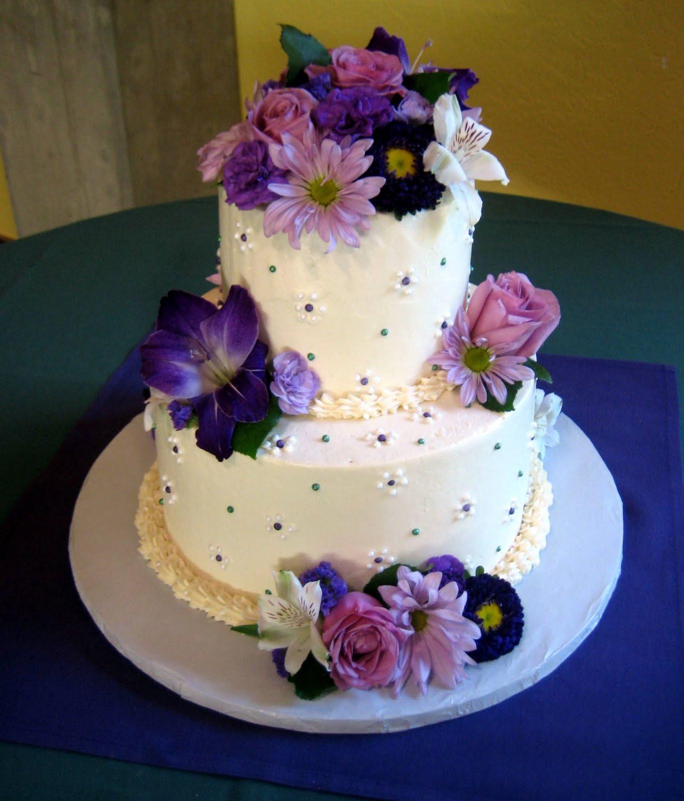 Purple Wedding Cakes Pictures  Purple Wedding Cakes – WeNeedFun