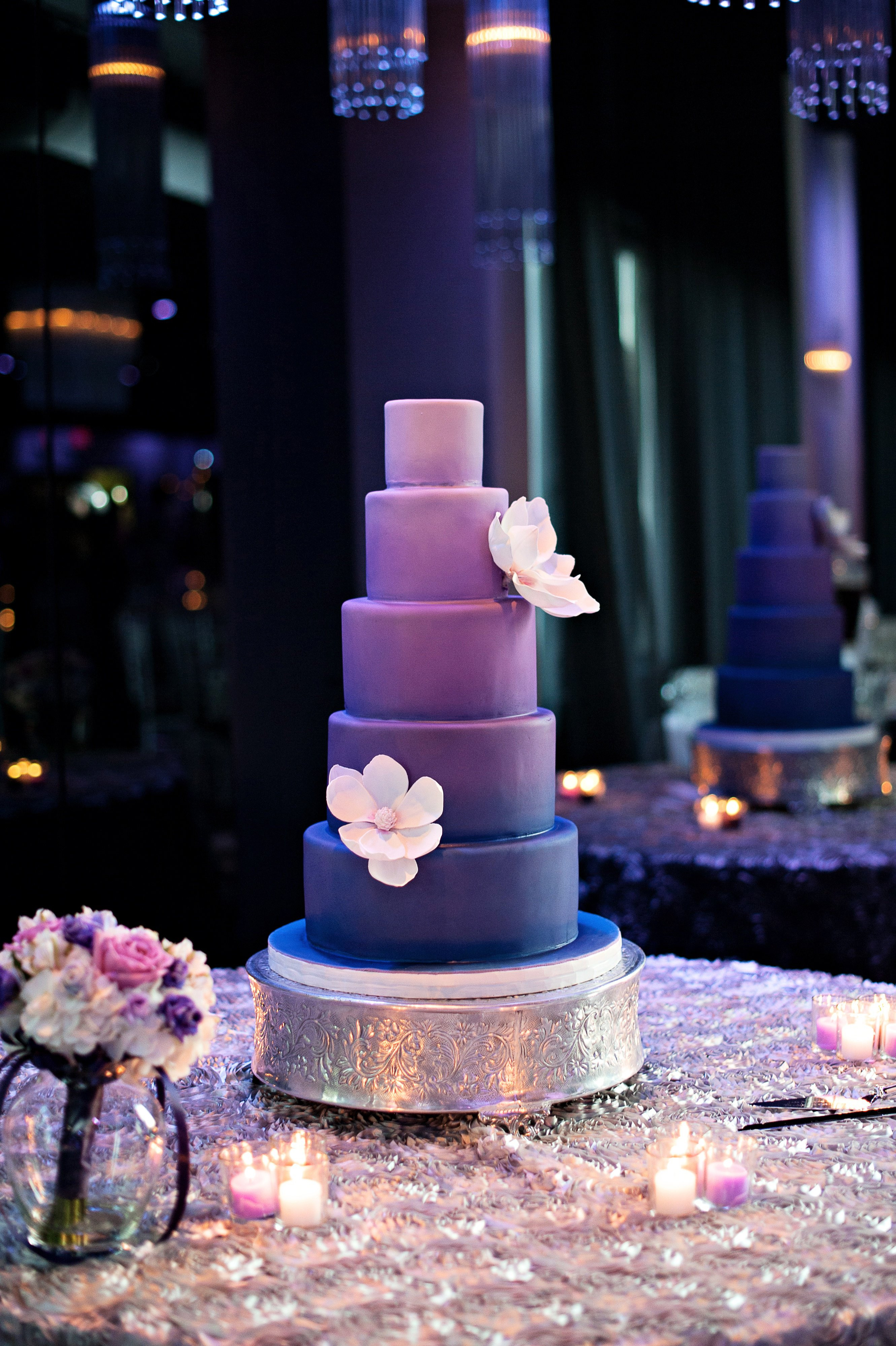 Purple Wedding Cakes Pictures  purple fondant wedding cakes bination of White and