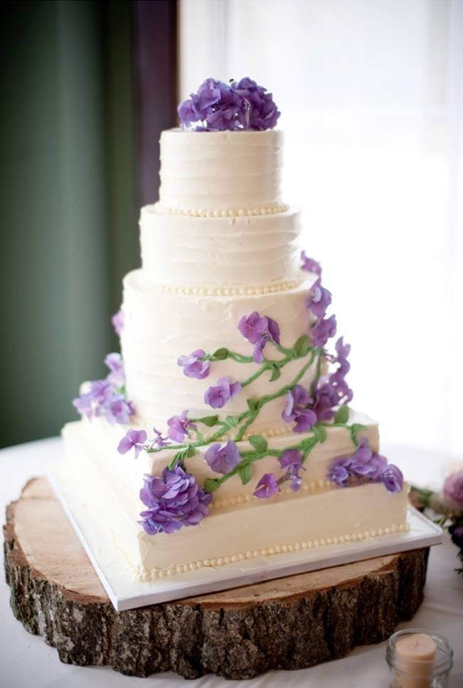 Purple Wedding Cakes With Prices  Green and purple wedding cake idea in 2017