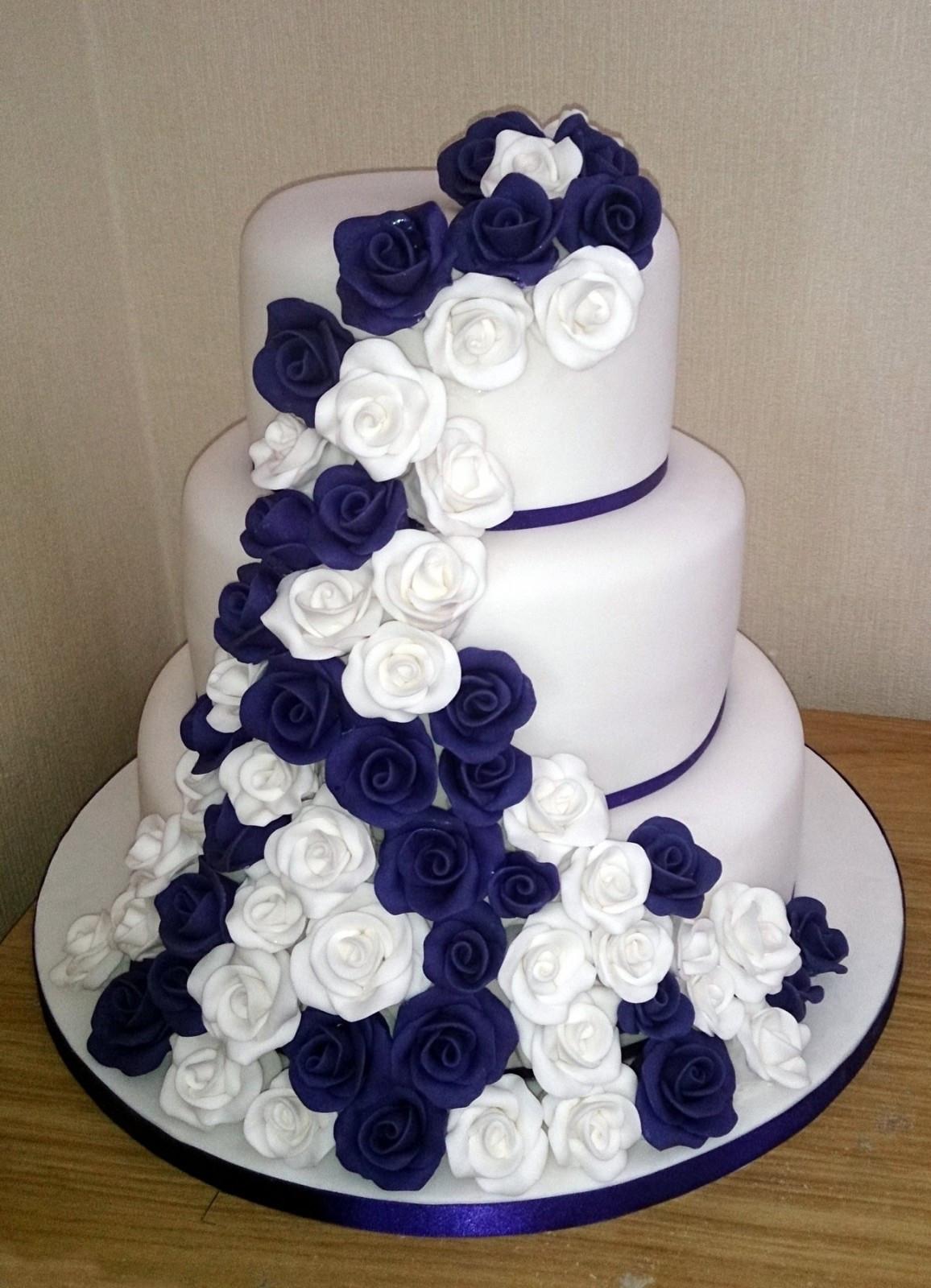 Purple Wedding Cakes With Prices  3 Tier White and Purple Rose Wedding Cake Susie s Cakes