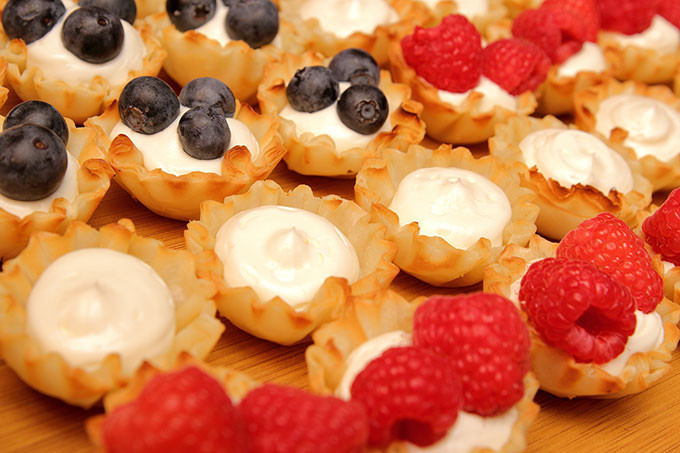 Quick And Easy Fourth Of July Desserts  Quick Easy Red White and Blue Fourth of July Dessert