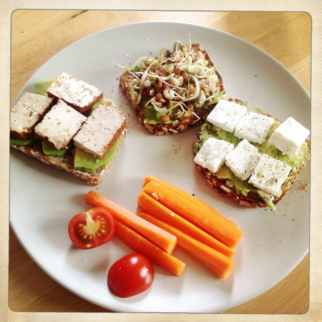 Quick Healthy Lunches  Developing good eating habits for children and adolescents