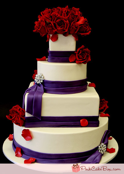 Red And Purple Wedding Cakes  Hoa s blog So your Christmas wedding is fast approaching