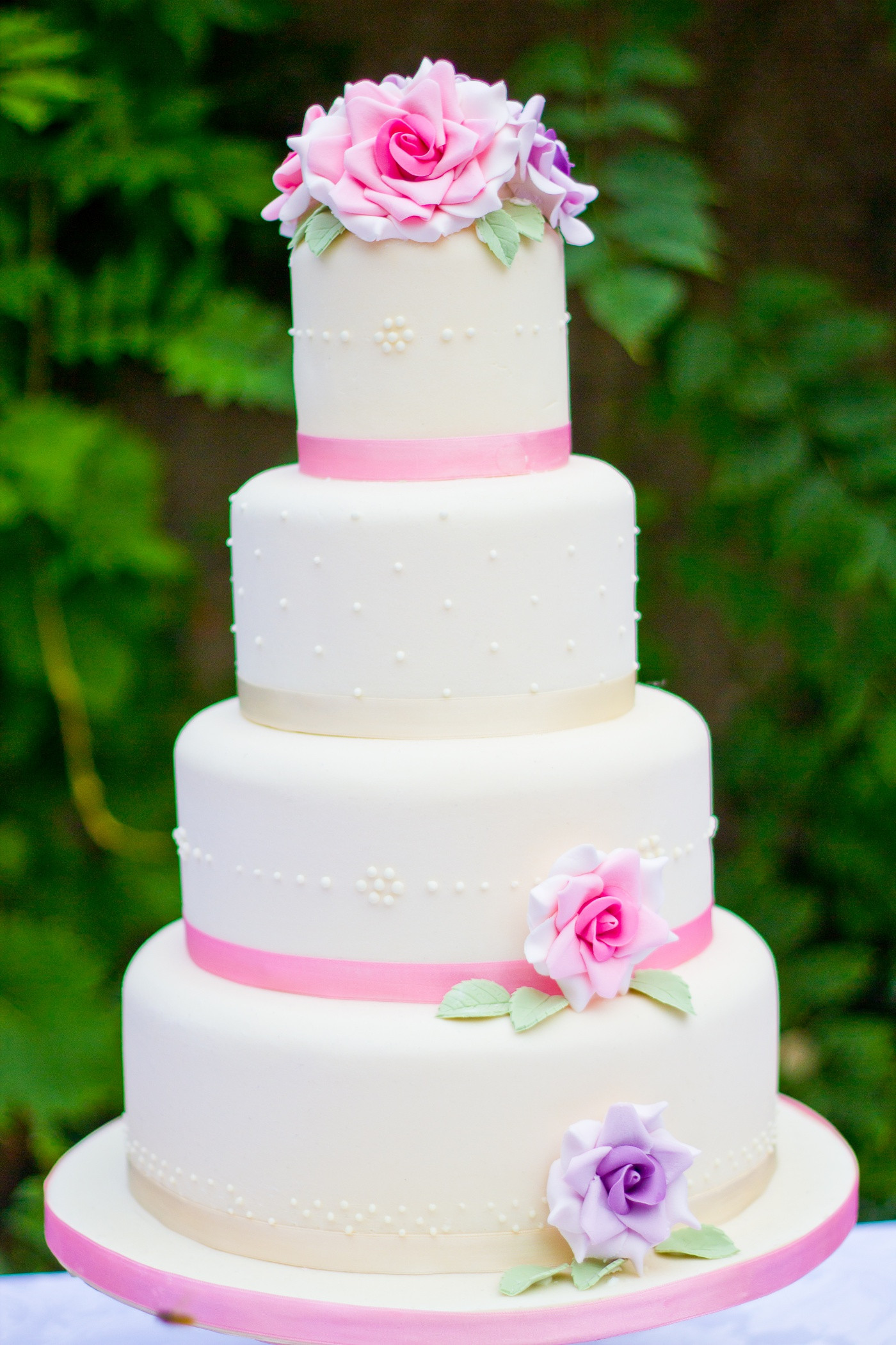 Red And Purple Wedding Cakes  Pink and purple wedding cake idea in 2017