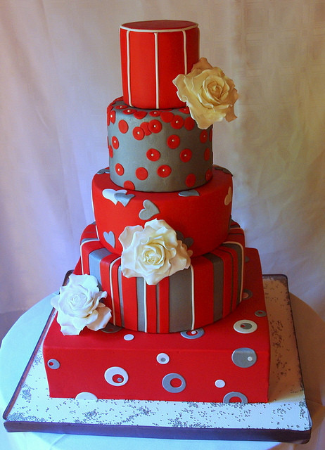 Red And Silver Wedding Cakes  Wedding Cakes Red and Silver Wedding Cakes