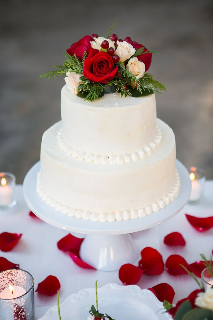 Red And White Wedding Cakes With Roses  Best 25 Fondant wedding cakes ideas on Pinterest