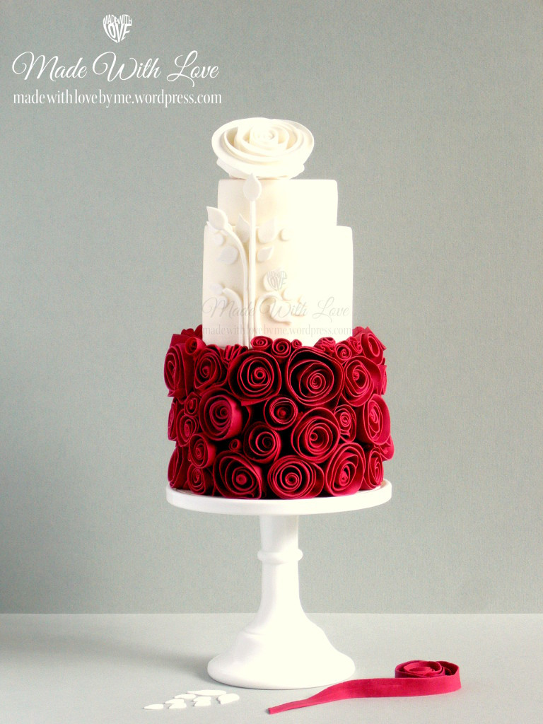 Red And White Wedding Cakes With Roses  Snow White and Rose Red Cake