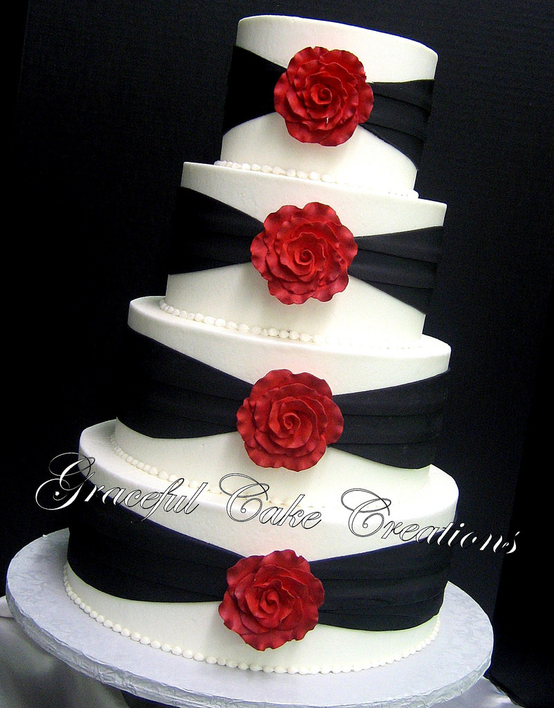 Red And White Wedding Cakes With Roses  Red black and white wedding cakes with roses idea in