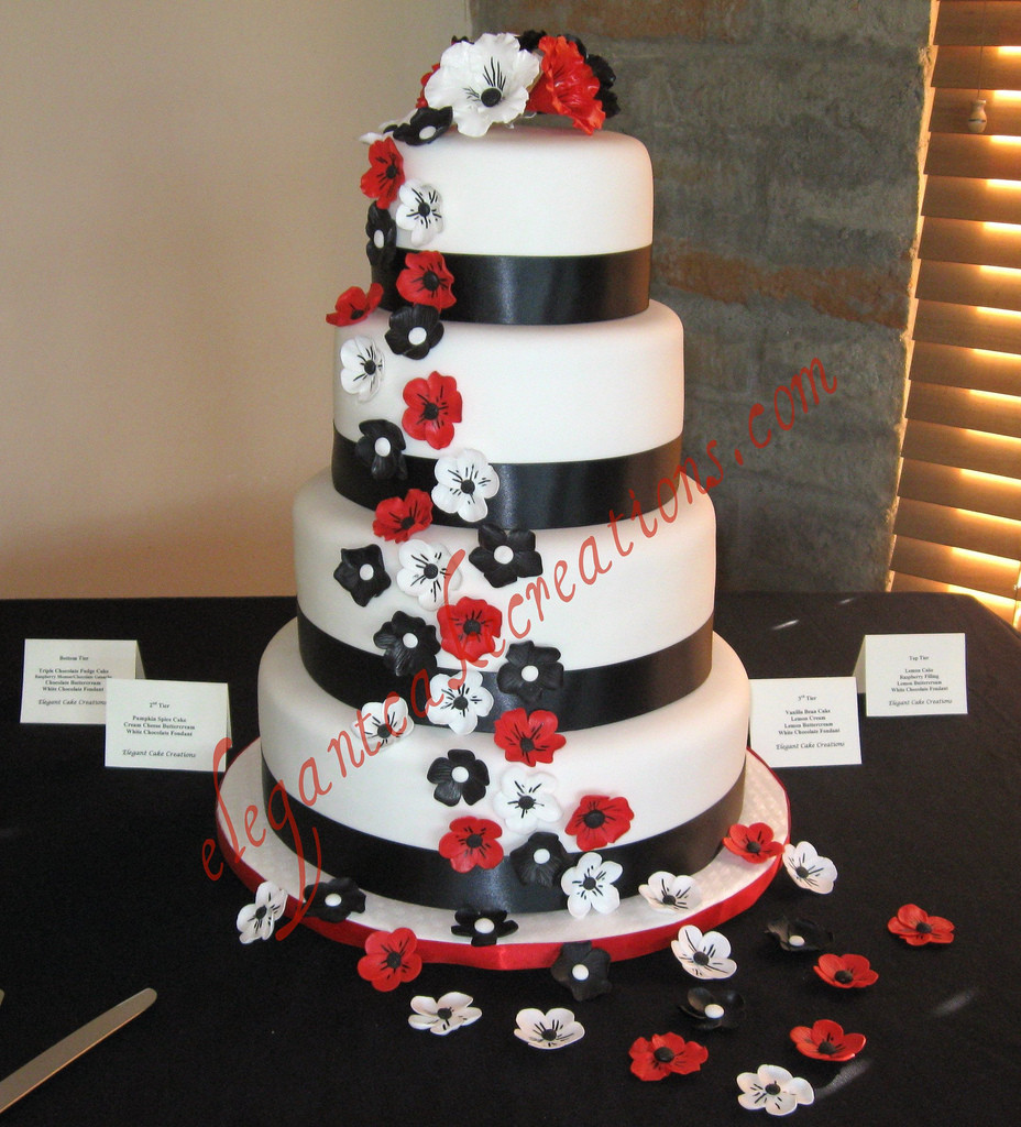 Red Black And White Wedding Cake  Black white and red wedding cake