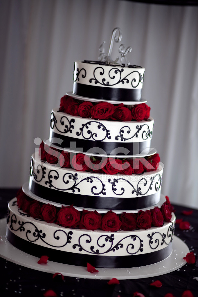 Red Black And White Wedding Cake  Gâteau DE Mariage Noir Blanc ET Rouge photos Free