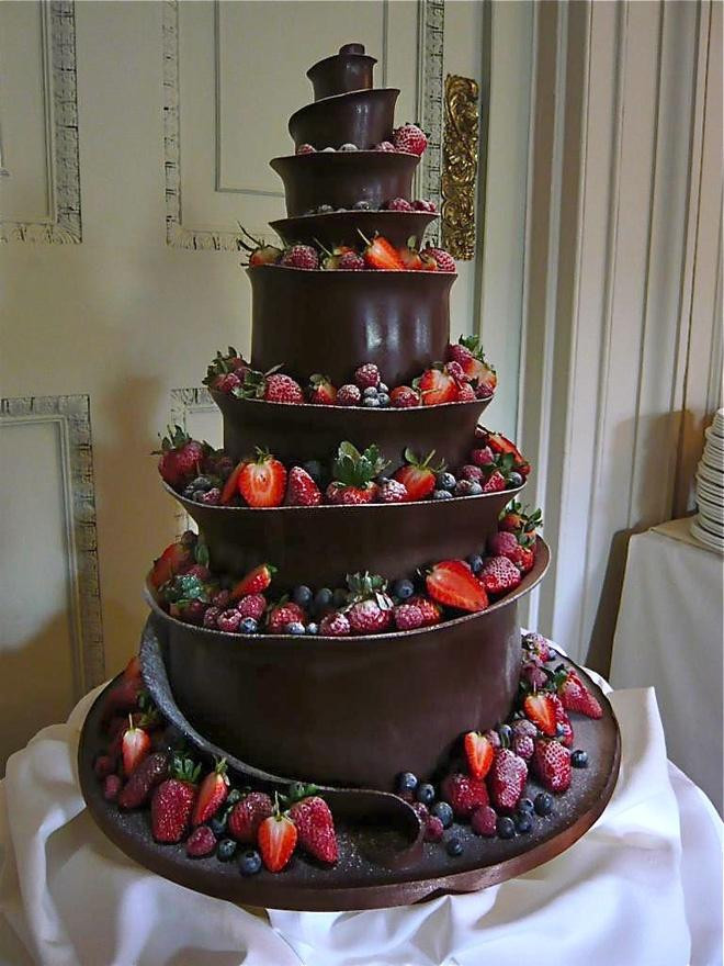 Red Black Wedding Cakes  Wedding Cakes Red And Black Wedding Cake Weddbook