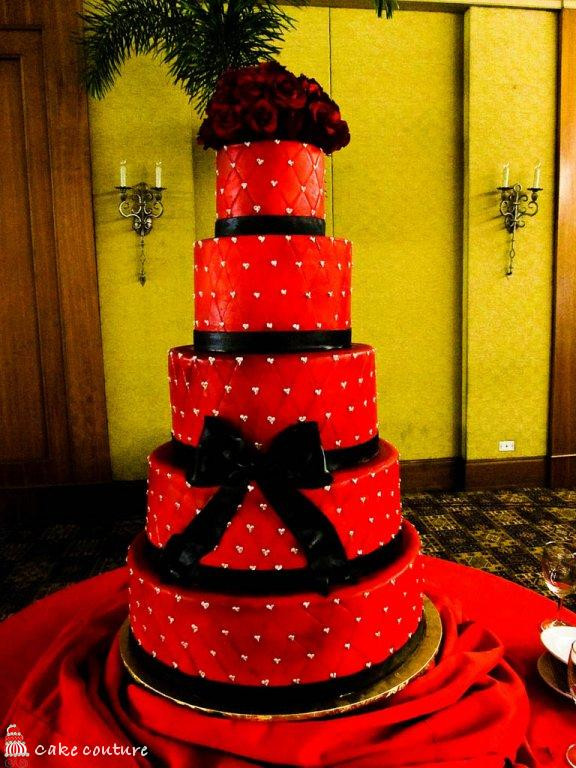 Red Black Wedding Cakes  Wedding Cakes Red and Black Wedding Cakes