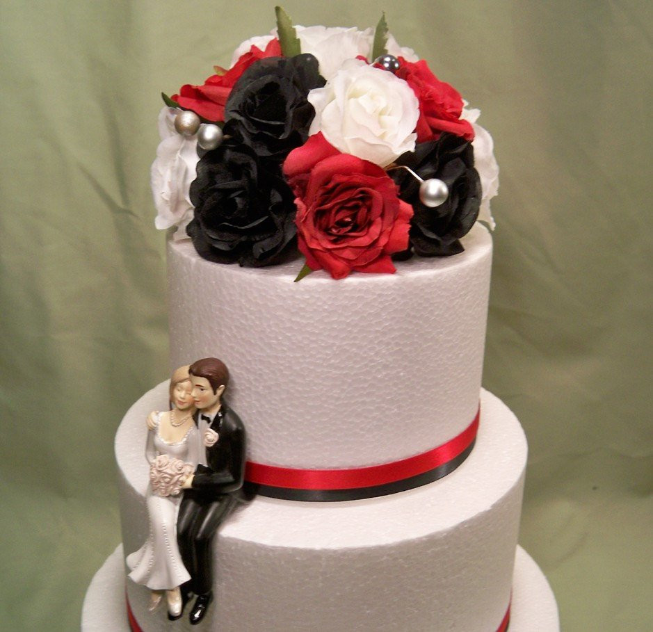 Red Rose Wedding Cakes  Black White Red Rose Wedding Cake Topper