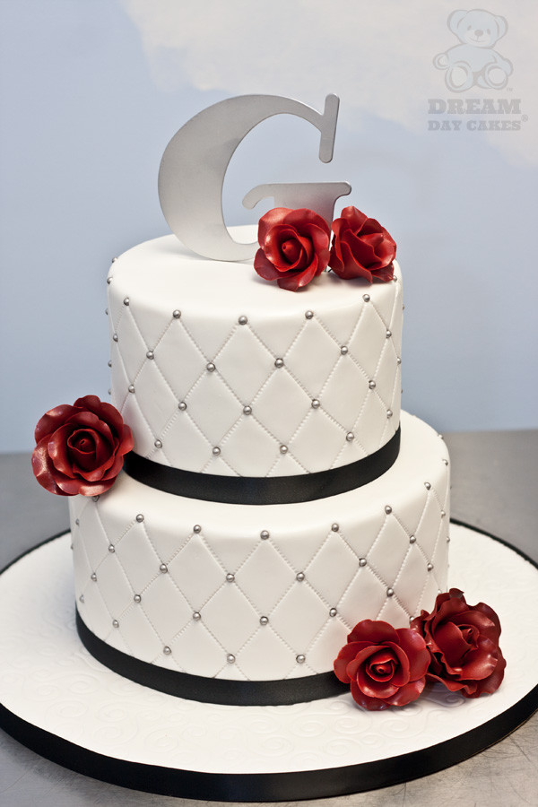 Red Rose Wedding Cakes  Sugar Red Roses Wedding Cake