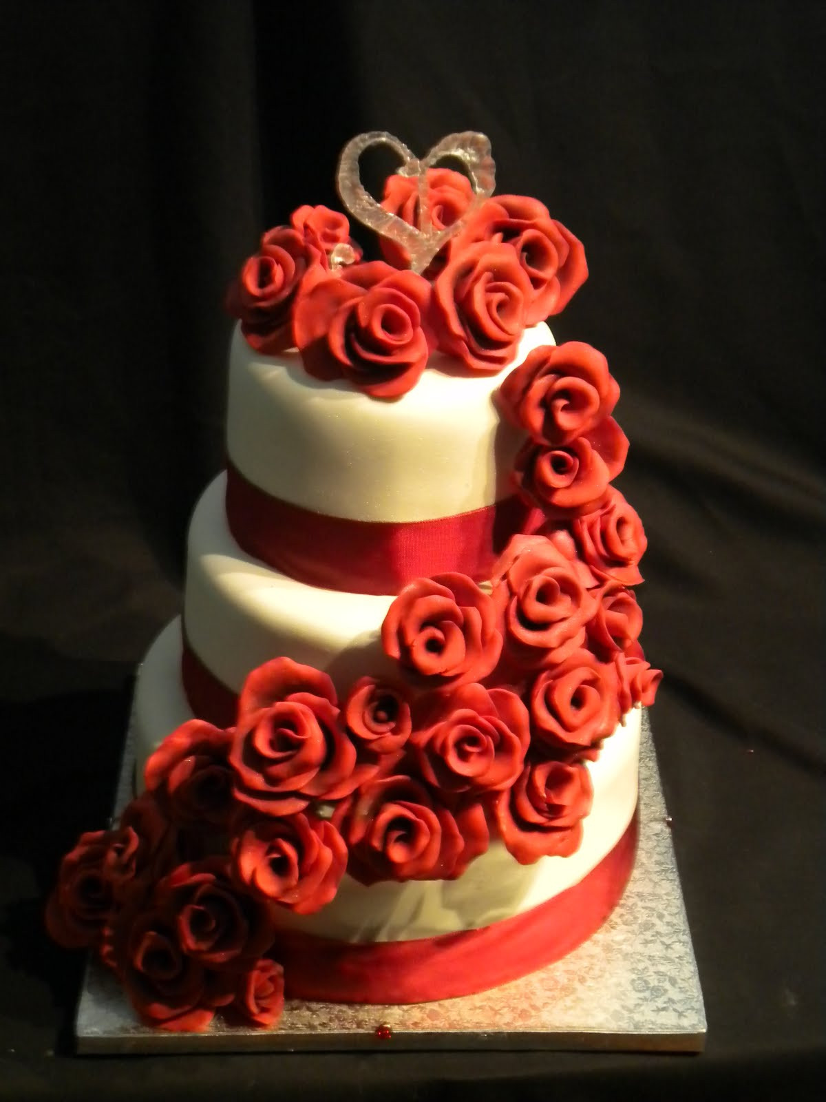 Red Rose Wedding Cakes  Cake Hope and Love Red Rose Wedding Cake