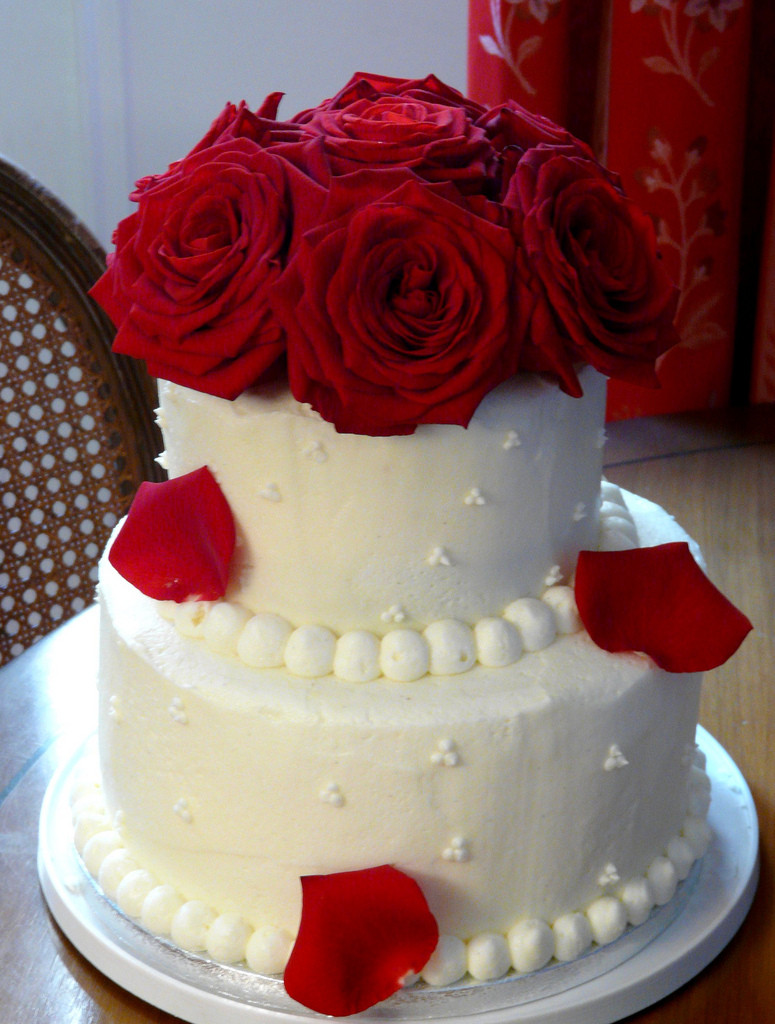 Red Rose Wedding Cakes  Red Rose Wedding Cake