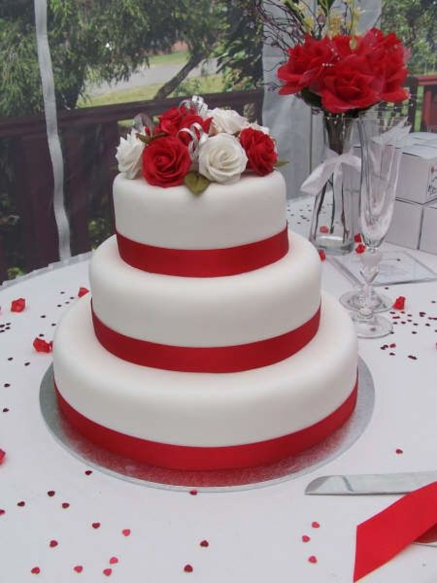 Red White Wedding Cakes  Red And White Roses Wedding Cake CakeCentral