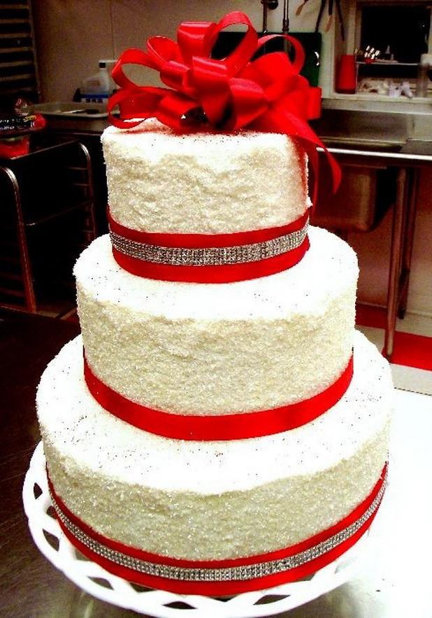Red White Wedding Cakes  Red White Wedding Cakes 06