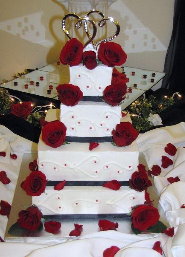 Red White Wedding Cakes  Red White Wedding Cakes 29 Stylish Eve