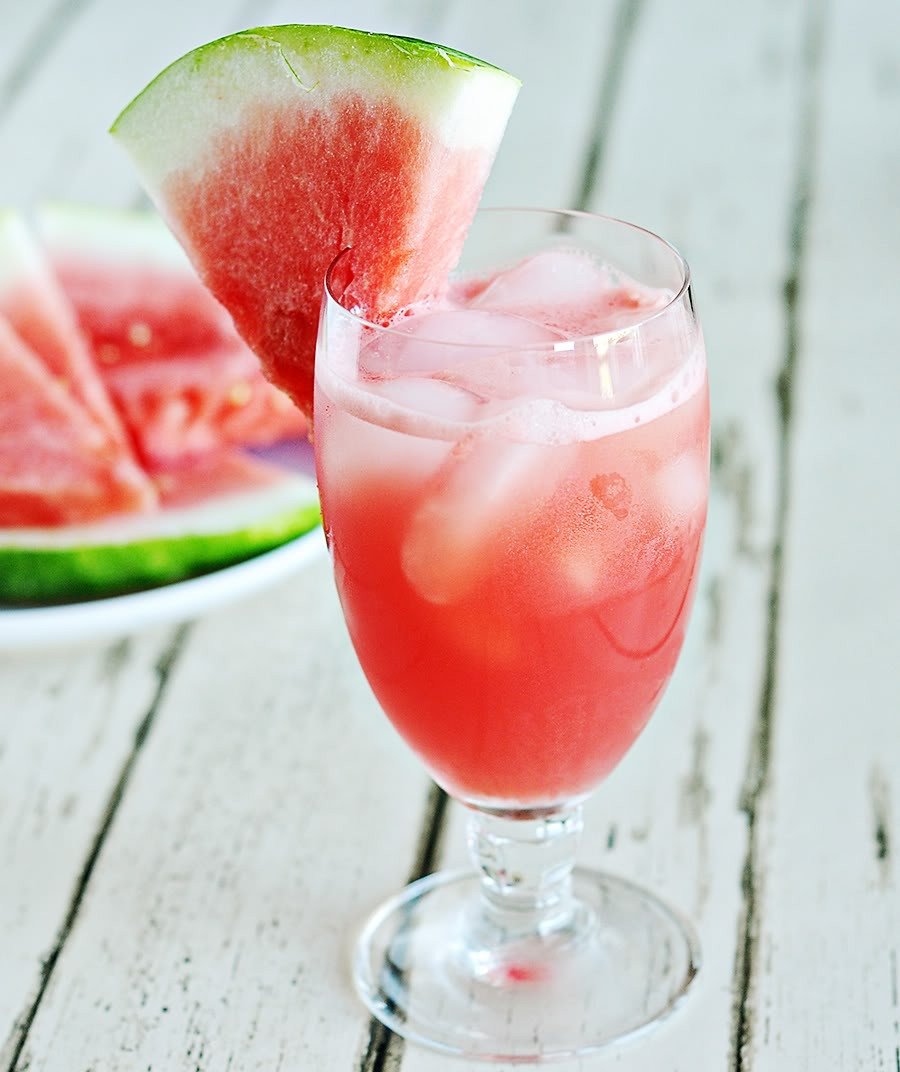 Refreshing Summer Vodka Drinks  CHAPTER FRIDAY