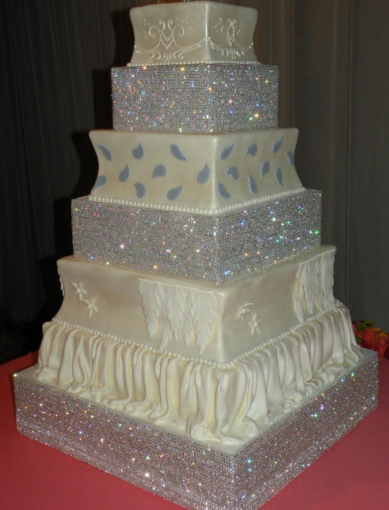 Rhinestone Wedding Cakes  Wedding Cake Bling Beautiful Cakes That Sparkle & Shine