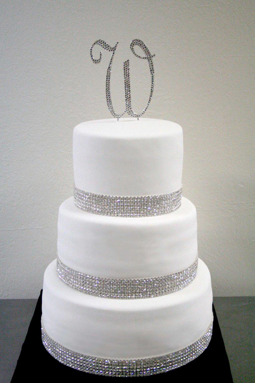 Rhinestone Wedding Cakes  Posh Couture Cakes Where the luxuries of life meets cake