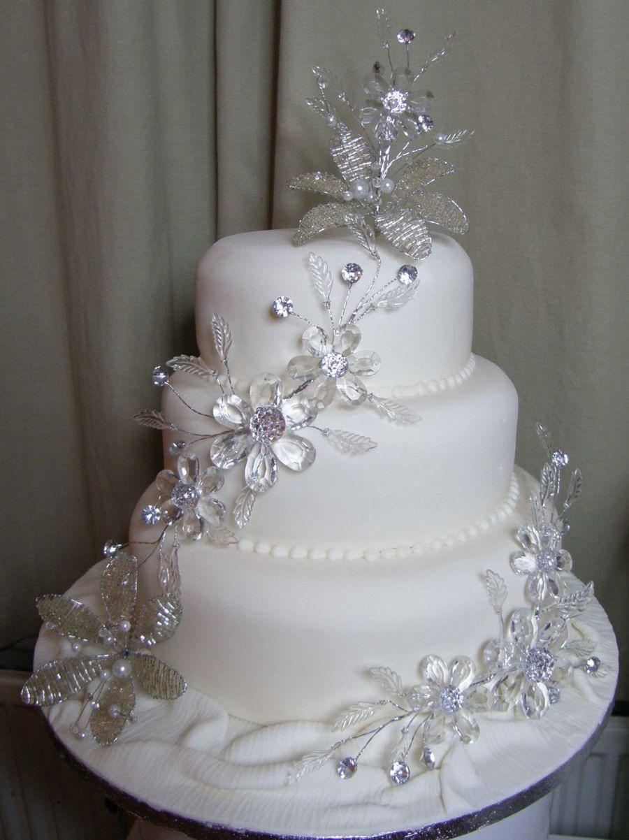 Rhinestone Wedding Cakes  bling Wedding Cake CakeCentral