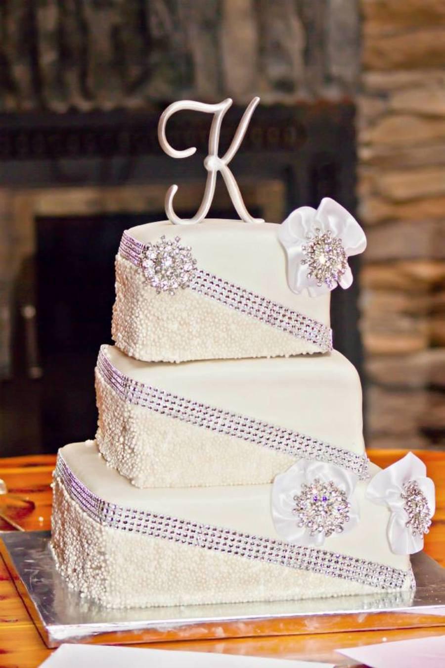 Rhinestone Wedding Cakes  Square Fondant Rhinestone Wedding Cake CakeCentral