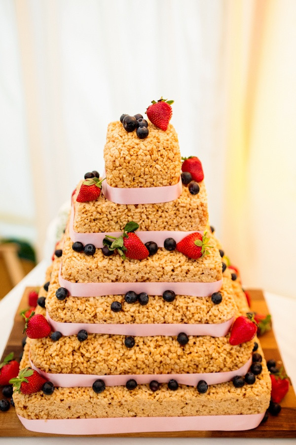 Rice Krispie Wedding Cakes  rice krispie wedding cake Wedding ideas