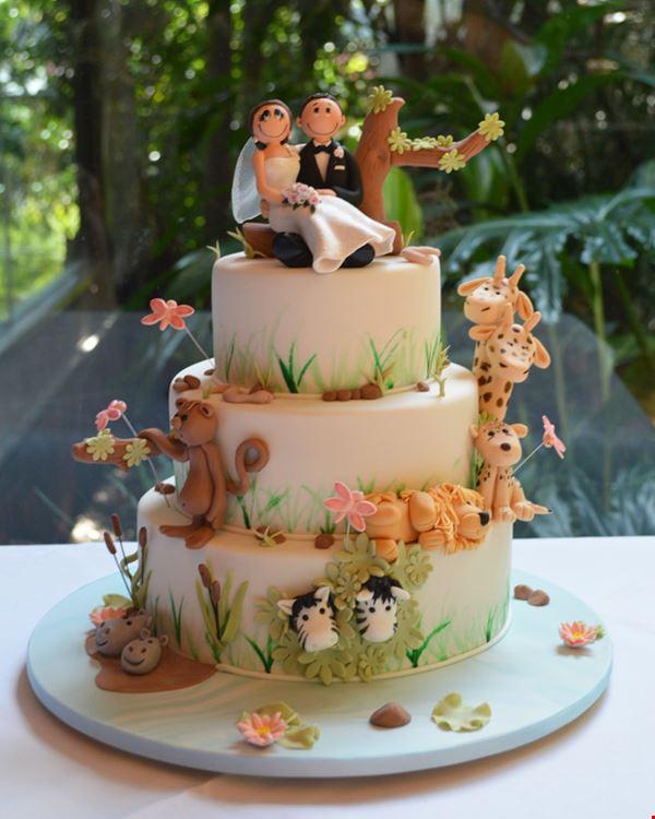 Richmond Wedding Cakes  AB FAB Cakes Wedding Cakes Richmond