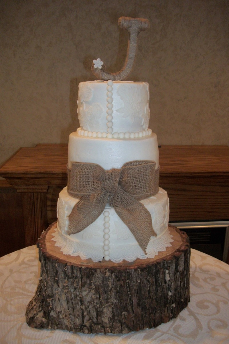 Richmond Wedding Cakes  BETTY S HEAVENLY CAKE DECORATING s Wedding Cake