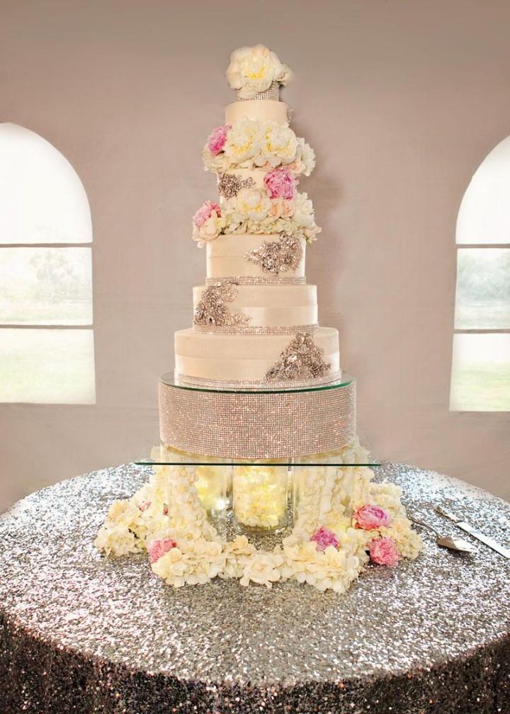 Romantic Wedding Cakes  Discover 36 romantic wedding cake designs MODwedding
