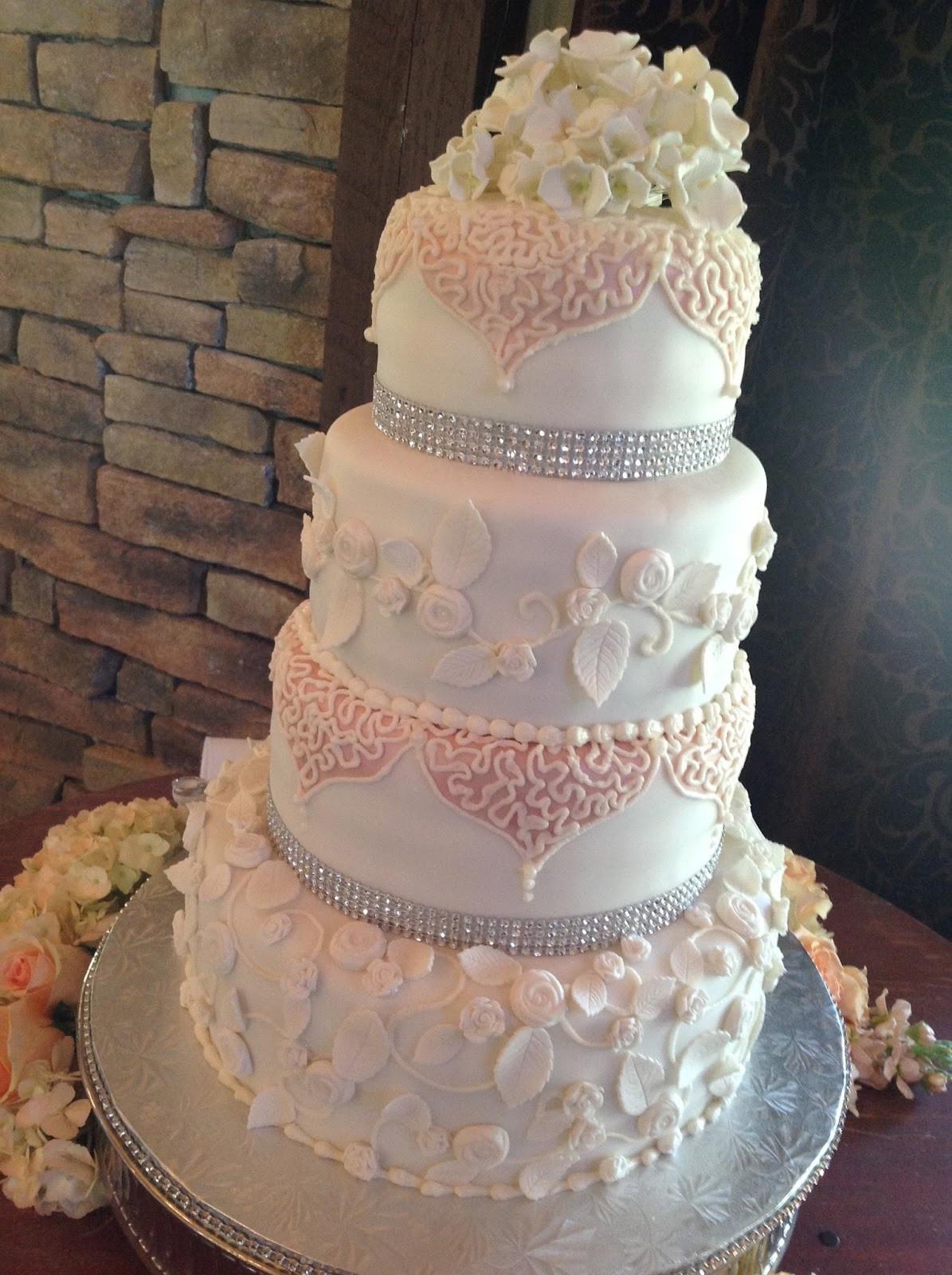 Romantic Wedding Cakes  Plumeria Cake Studio Romantic Roses Wedding Cake