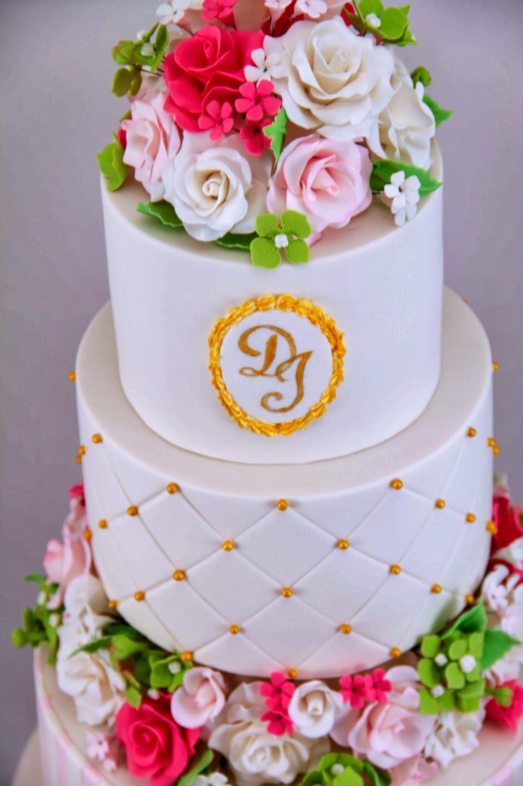 Romantic Wedding Cakes  Bakerz Dad Romantic Wedding Cake